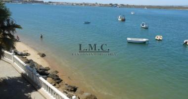 LMC INMOBILIARIA Piso Puerto Deportivo Isla Cristina HUELVA