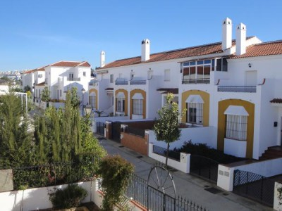 INVERLUZ, S.L. Adosado Villablanca Villablanca HUELVA