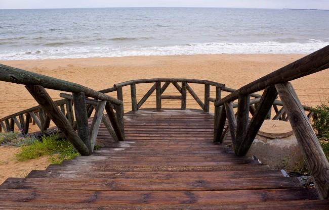 5 playas  andaluzas para contemplar el mas bello atardecer.